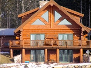 Woodland Logcrafters - Log Cabin Walkout