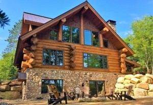 Red Cedar Log Home